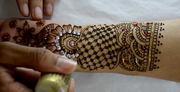 Mehndi For Teej : Try these latest mehndi styles this teej makeup