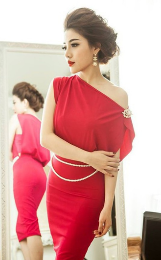 10 Amazing Makeup Tips When You Are Wearing Red Dresses